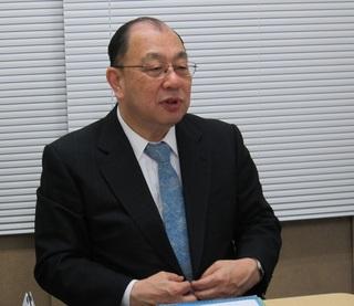 西嶋先生写真.jpg